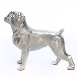 Скульптура собаки Мопс