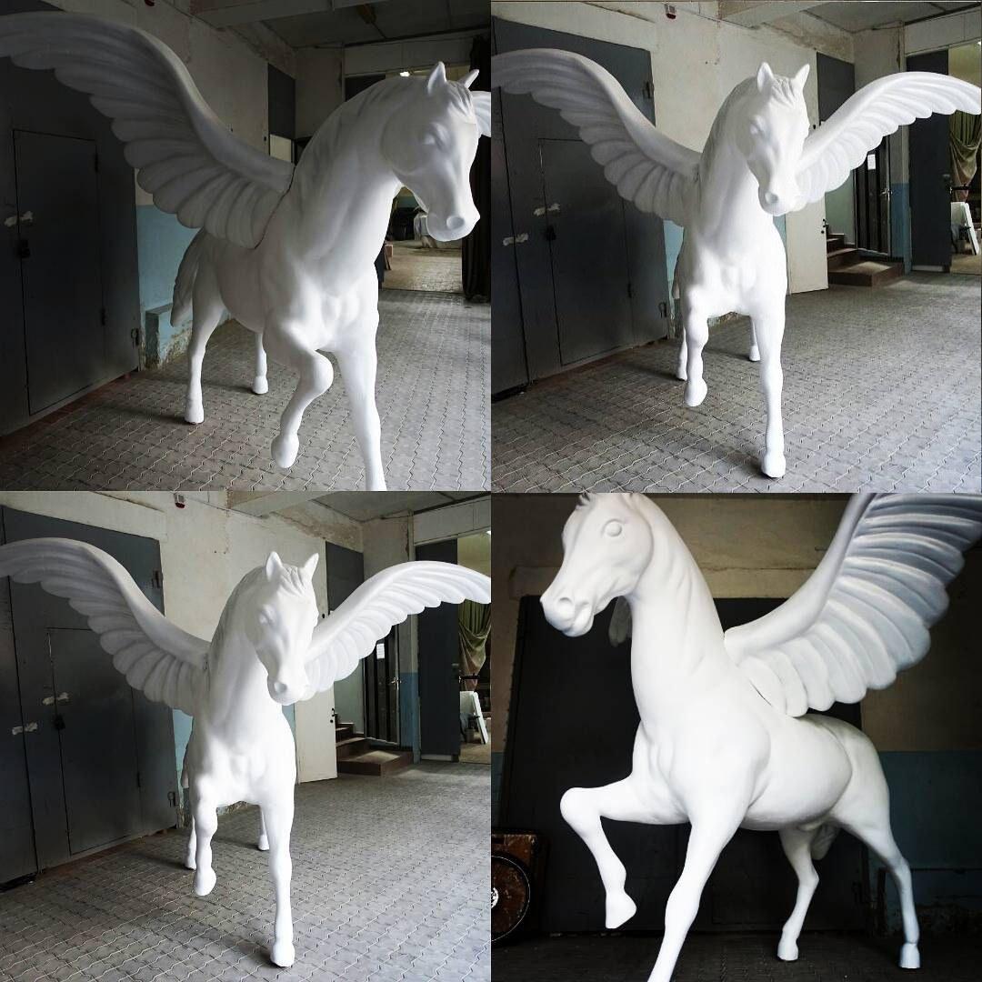 лошади из пенопласта цена